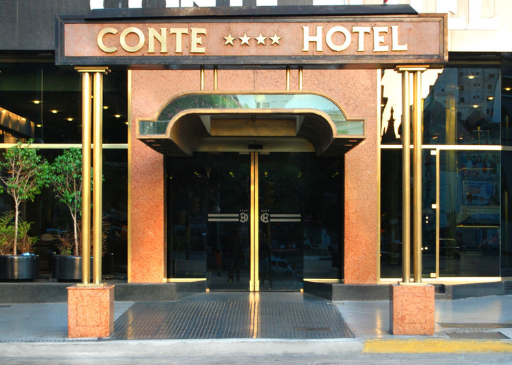 conte hotel.jpg
