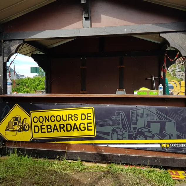Personnalisation banderole concours débardage Les Cognées Les Gets Evenementiel illico perso la bresse impression tous supports communication visuelle hautes vosges