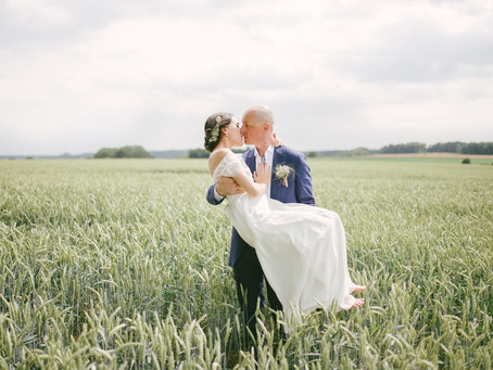 A Elegant and Romantic Love Session for a True Love Story