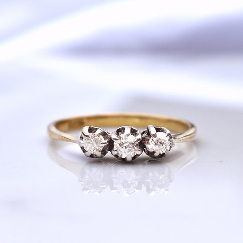Edwardian 18ct Platinum Old Cut Diamond Trilogy Ring