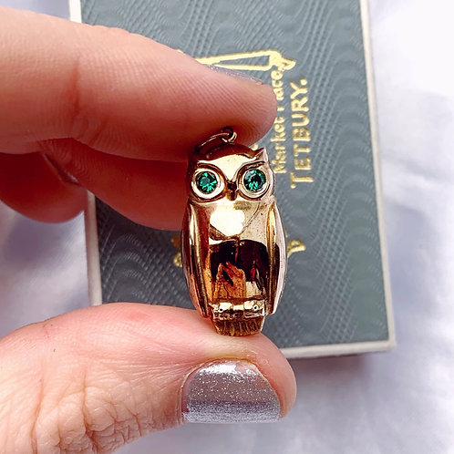 Vintage Large Puffed 9ct Gold Owl Pendant