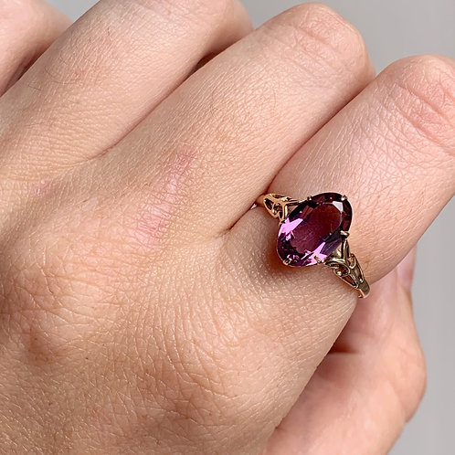Vintage 9ct Gold Deep Amethyst Ring