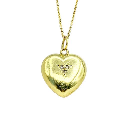 A Lucky Victorian 15ct Trefoil Diamond Heart Charm