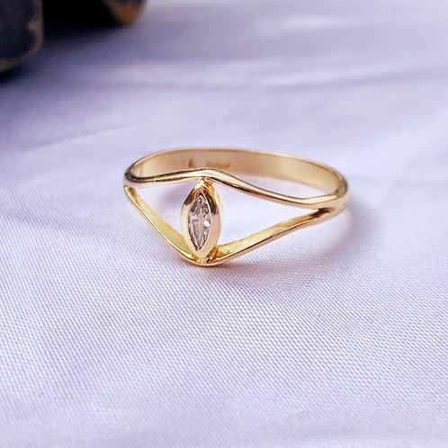 Vintage 14ct Gold Diamond Eye Ring