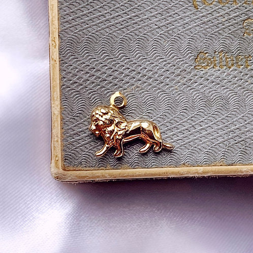 Vintage 9ct Gold Teeny Lion Charm