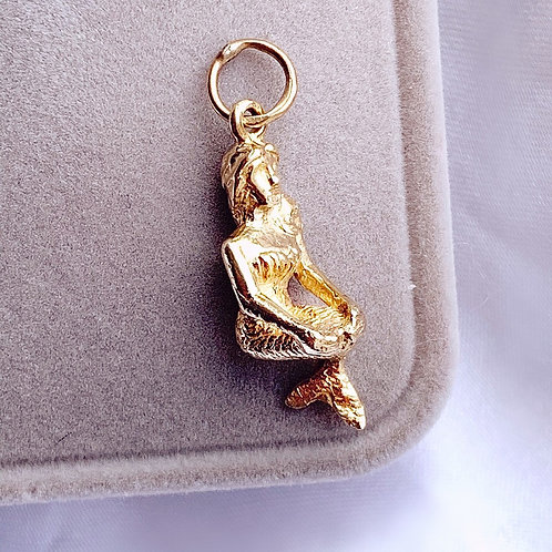 Vintage Solid 9ct Gold Mermaid Charm