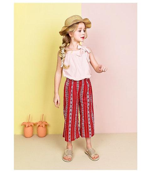 Нарядный костюм для девочки из хлопка