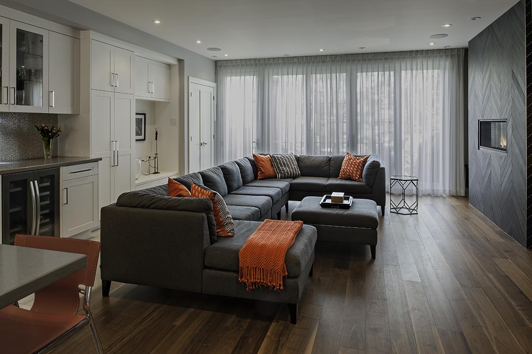 365 Beresford - Family room