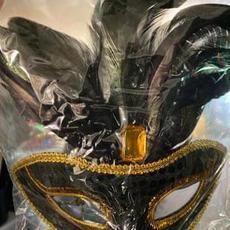 Black & Gold Mask