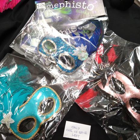 Mask x3 left