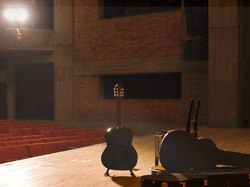 MUSICIANS 1ST CHOICE YAMAHA CLASSICAL & NYLON STRING GUITARS