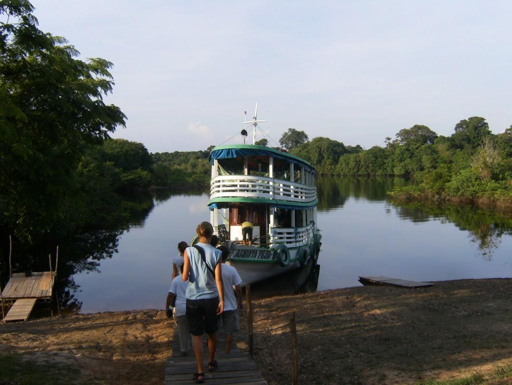 AMAZONAS-BARCO-1024x769