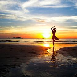 yoga-sunset-beach-1024x1024