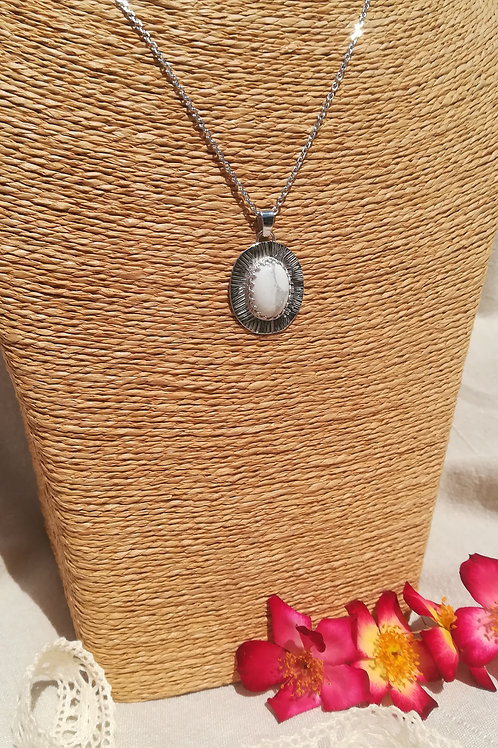 Collier Howlite solaire