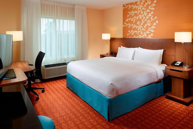 fayfn-guestroom-0019-hor-clsc.jpg