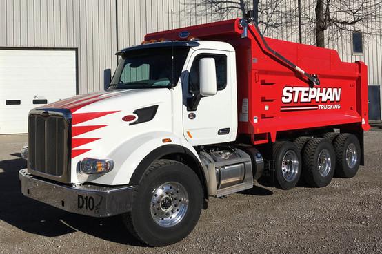 Stephan Trucking D10.jpg