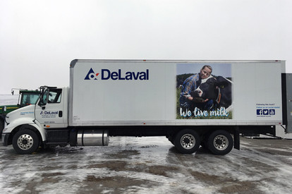 DeLaval 26 ft box 3.jpg