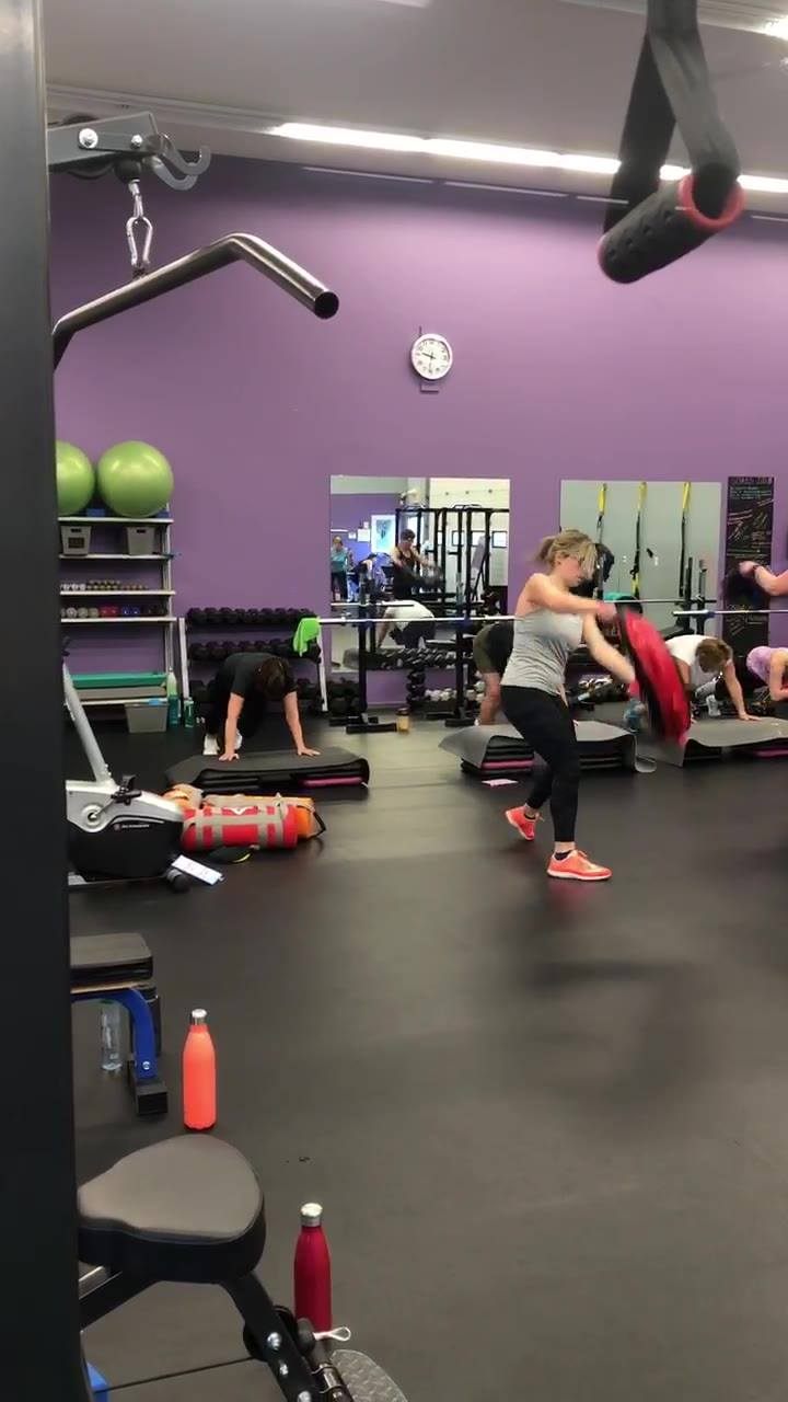 Free week begins with our 9am ICE class! Classes run at 9am, 12:05pm, 5pm and 6pm on Monday's.