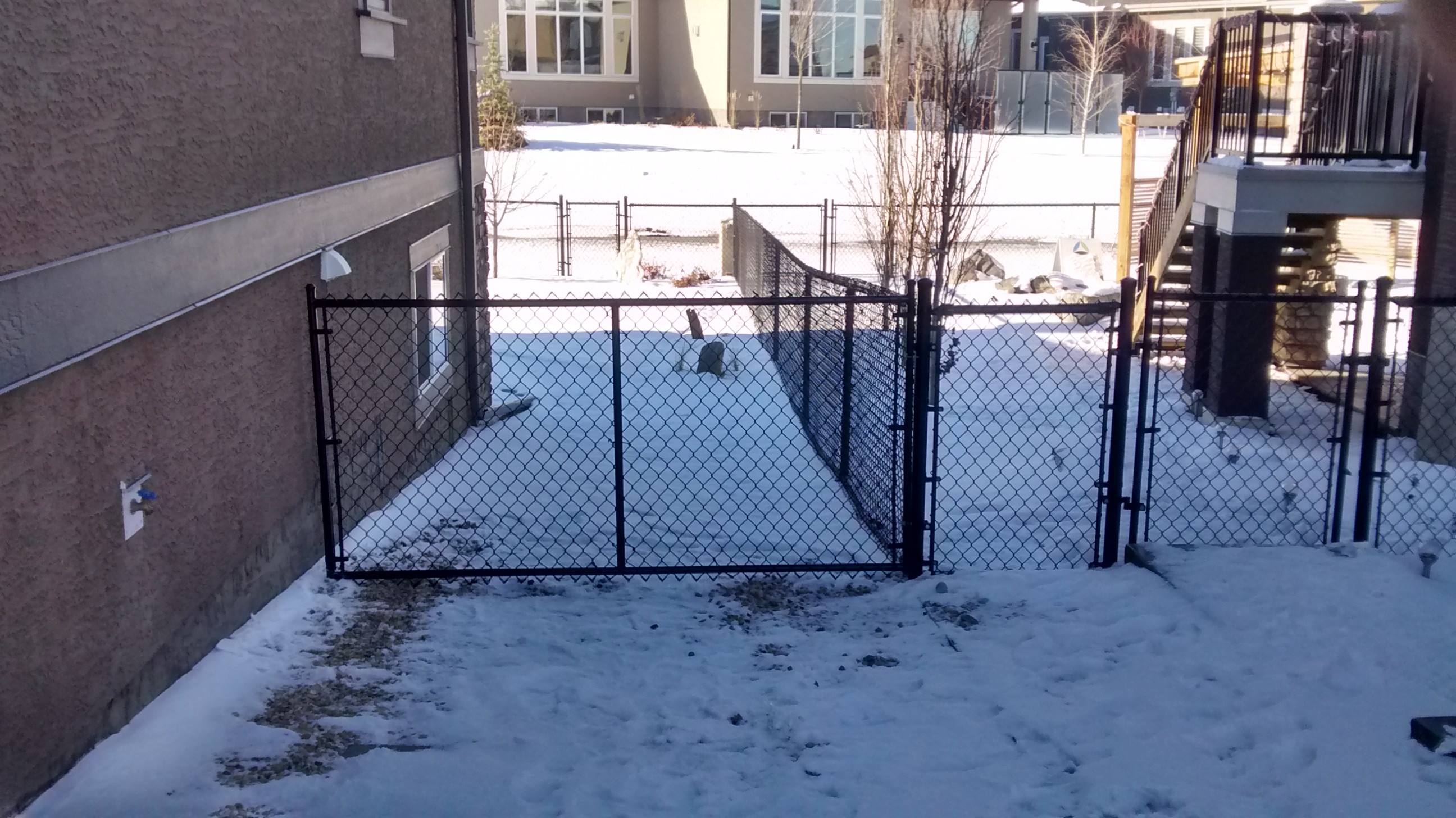Calgary Chain Link Fencing installer