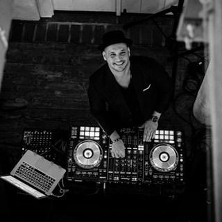 DJ Topview