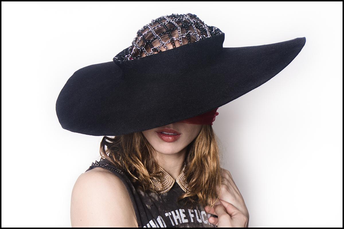 Chain Hat