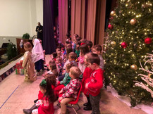 Saint Luke Acadmey Chicago Christmas Pagaent