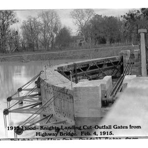 1915_flood_knights_landing(1).jpg