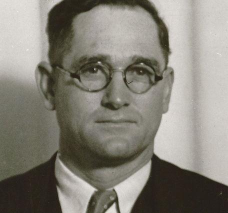 Lester J. Holmes.jpg