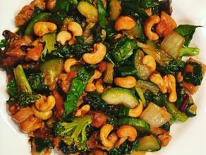 Cashew Chicken Stir Fry with Vegetables