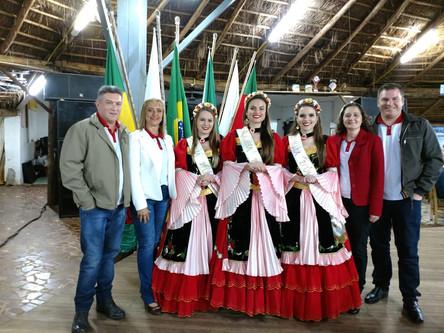 21ª Oktoberfest Santa Rosa participa de Jantar no CTG Chama Crioula