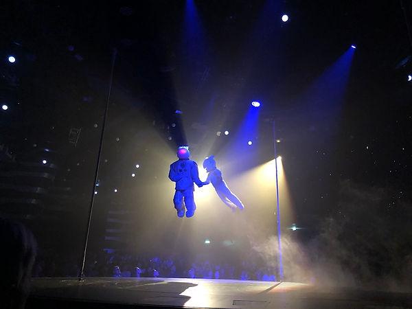 Cirque de Soleil Cosmos Astronaut.jpg
