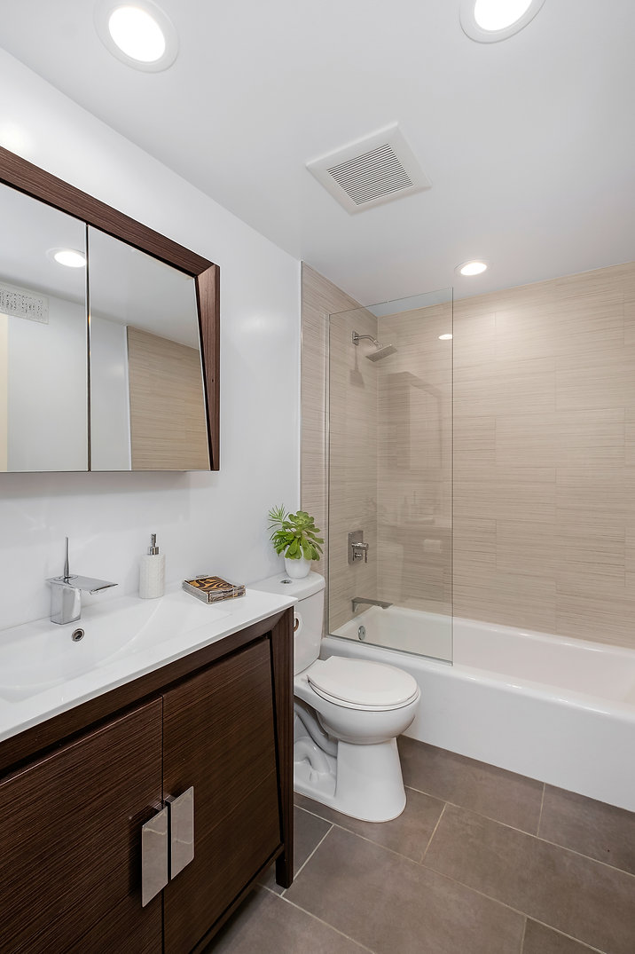 Guest Bathroom 19.jpg