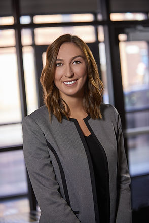 Ellie Wilkinson, Signet Capital Advisors, Downtown Cleveland business advisor, mergers and acquisitions, capital raise, debt placement, financia assessment, business mangement, corporate growth, marketing
