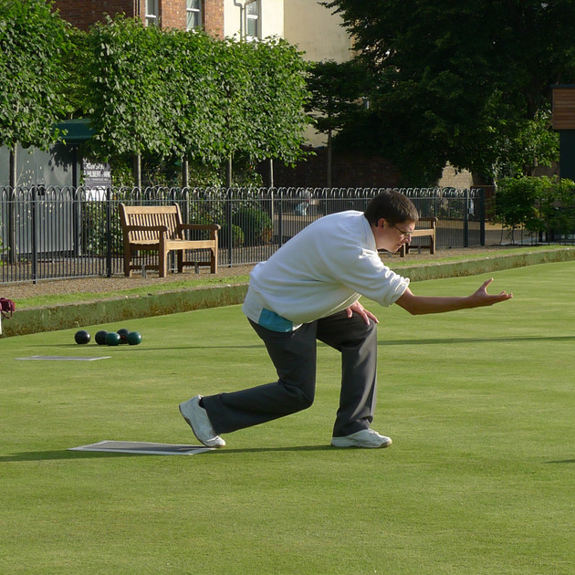 Grosvenor Bowls in action