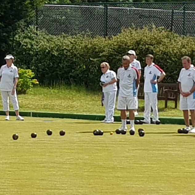 Pembury v Grosvenor Bowls Club