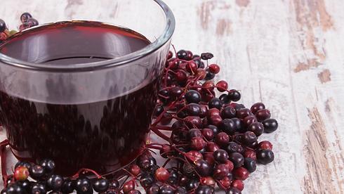elderberry drink.png