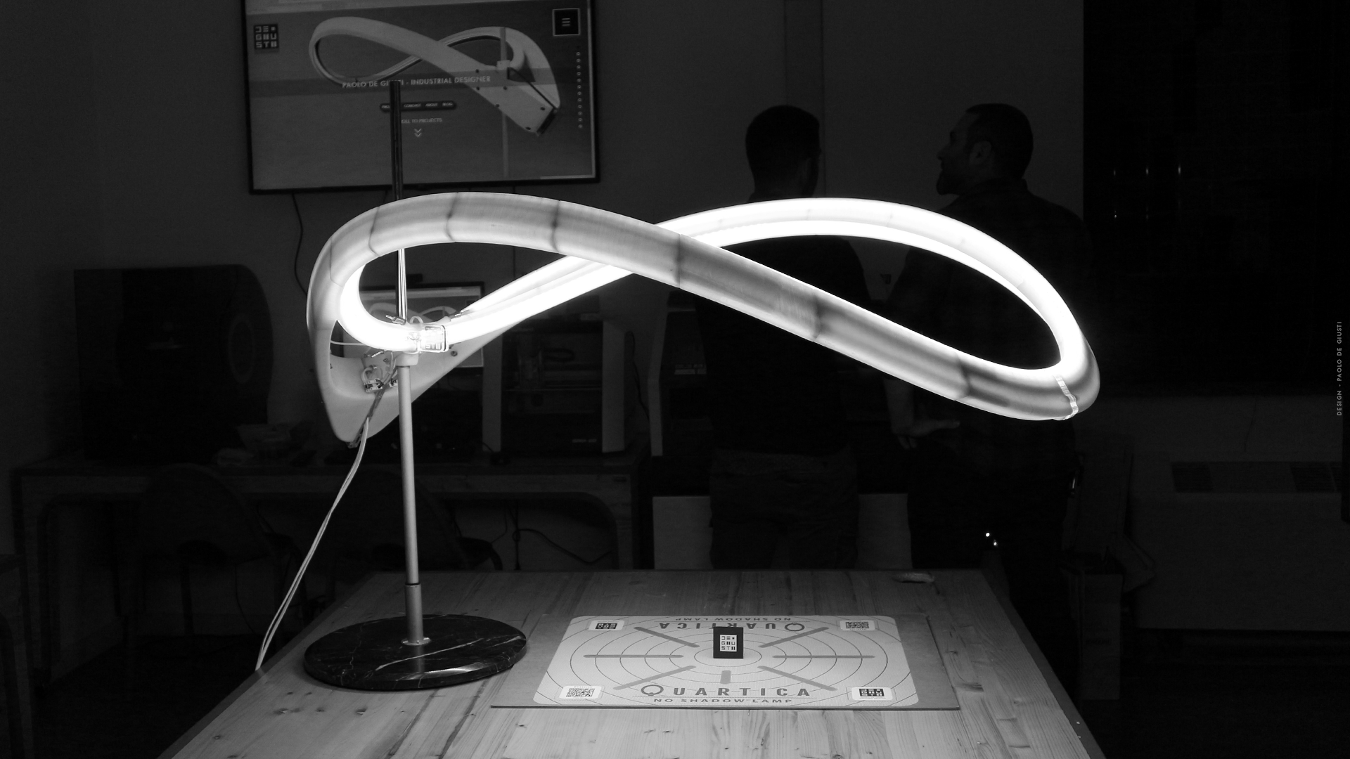 PAOLO DE GIUSTI QUARTICA LAMP AT MAKERFAIRE ROME 2018 FABLAB LAZIO LAZIOINNOVA STAND 3D PRINTED NO S