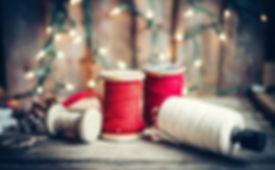 47704000-christmas-decoration-on-rustic-