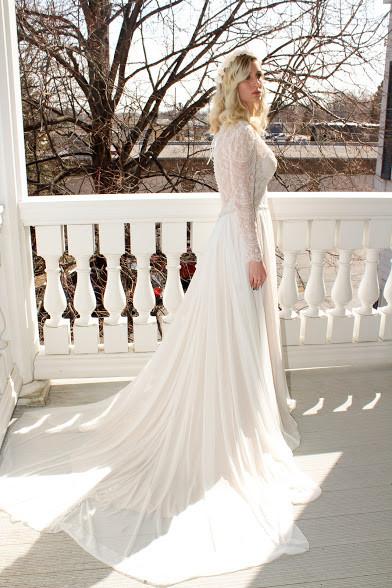 Gown Spotlight: 9515~