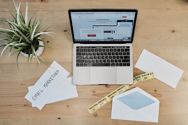 Email-Business-Marketing-Flatlay-Emailma