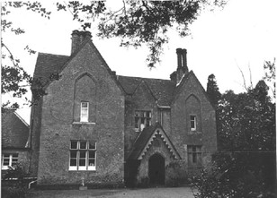 Chithurst House Front