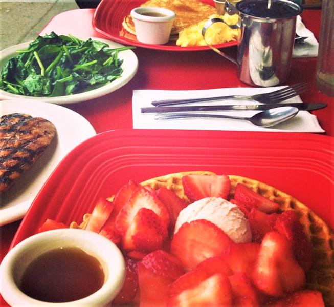 outdoor breakfast.png