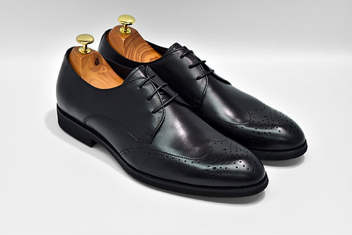 Black Soft Leather Wingtip Derby Q01