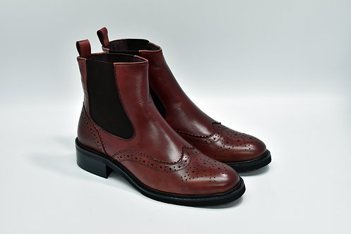 Ladies Cherry Calf Leather Wingtip Chelsea Boots J52