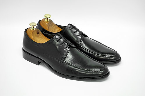 Black Calf Leather Apron-toe Derby