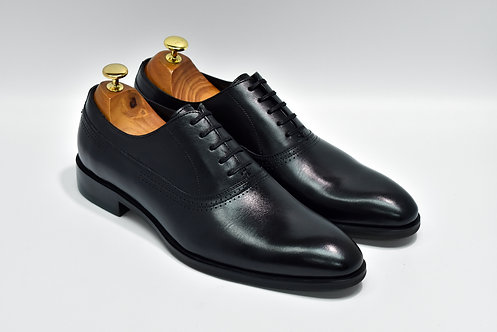 Black Calf Leather Plain-toe Oxford Q08