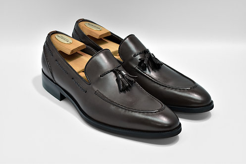 Coffee Calf Leather Tassels Loafers  P09
