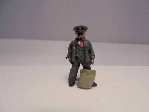 OO Gauge Postman with Sack