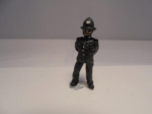 OO Gauge Policeman