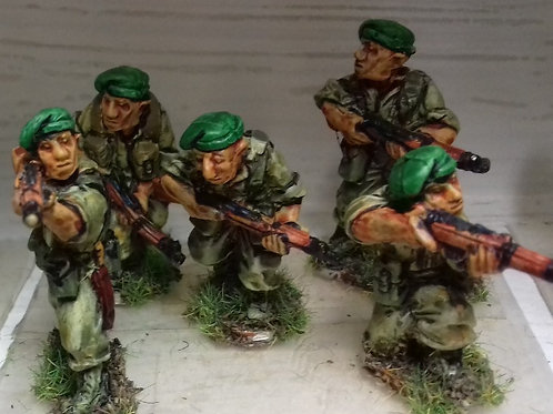 Infantry with No4 Rifle in Beret